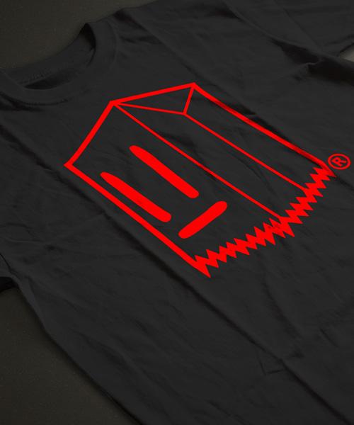 Polera Toostybag Negro Diseño Rojo